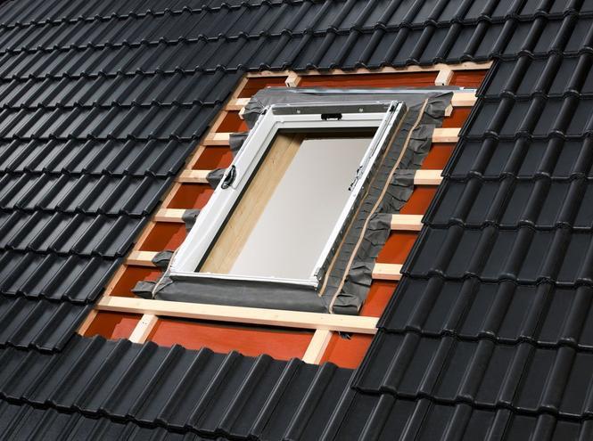 Montaż okna dachowego - rozstaw krokwi