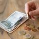 Spłata kredytu hipotecznego po rozwodzie. Jakie możliwości mają byli małżonkowie?