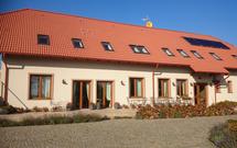 Gościnny dom z keramzytu. Budowa w technologii pustaków i bloczków z keramzytu
