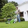 Kosiarki do trawy - jak wybrać dobrą kosiarkę do ogrodu? Jak kosić trawnik?