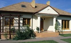 Dom jak szlachecki dworek. 2 niezwykłe projekty domów łaczące tradycję z nowoczesnością