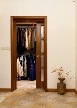 Jaka garderoba przy wejściu?